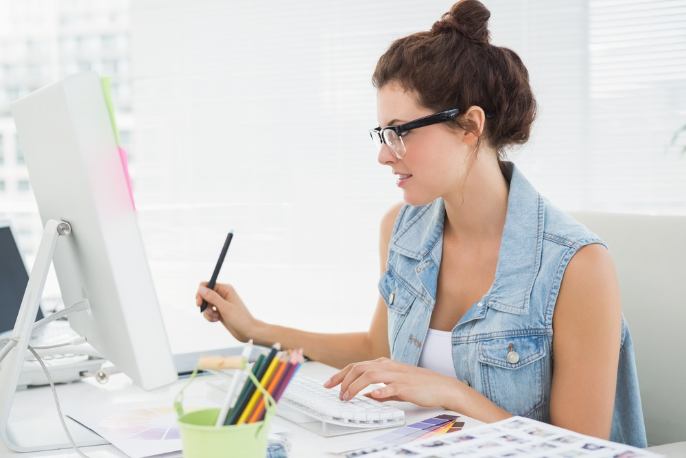 How Can Work Online As Graphic Designer - Tips